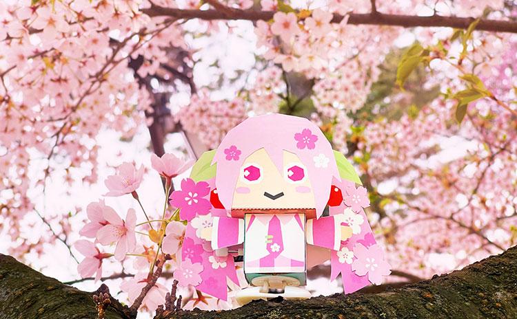 カスタマイズシートで「桜ミク」に変身!