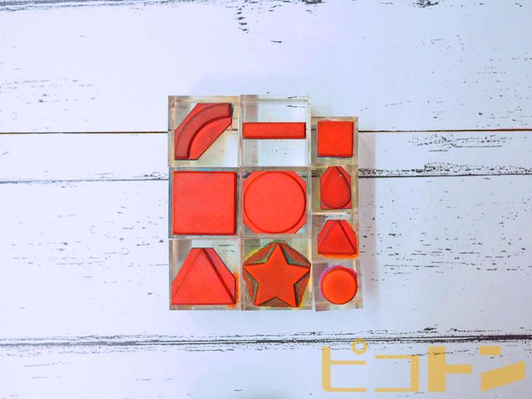 自由なデザインができる色々な種類のスタンプ。